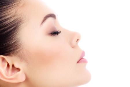 La profiloplastica: l'intervento per un profilo perfetto